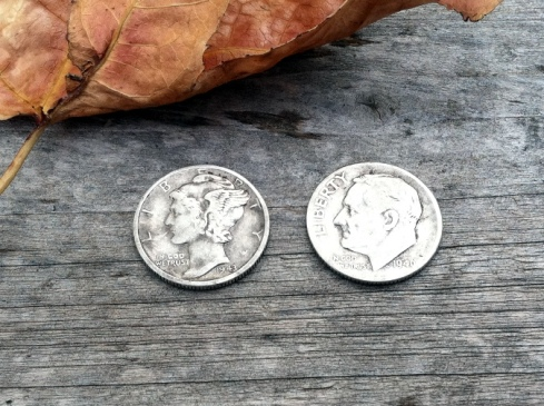 1943D Mercury dime and 1946 Roosevelt dime