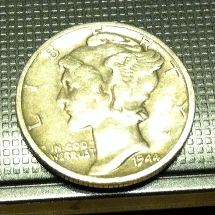 1944 Mercury dime obverse
